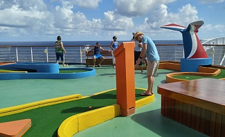 Carnival Sunshine Mini Golf