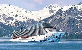 Norwegian Cruise Line Bliss Cruise Ship in Alaska