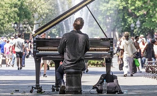 Piano Player in New York City Central Park