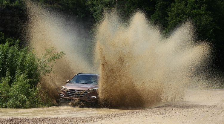 Getting Down And Dirty With The 2016 Hyundai Tucson