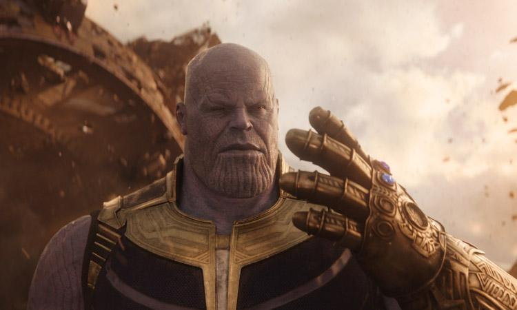 thanos from avengers infinity war movie with guantlet