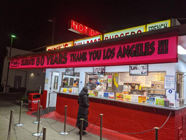 pinks hot dogs los angeles