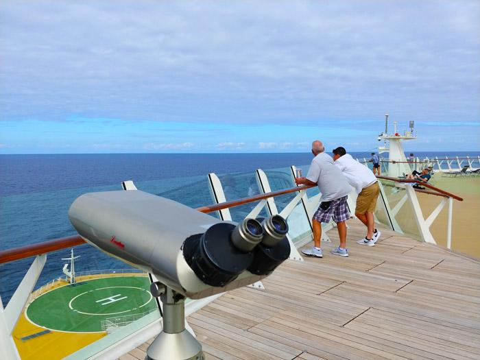 telescope on observation deck oasis of the seas