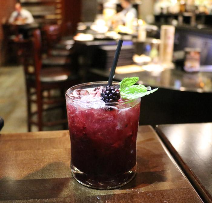 berry mint cocktail