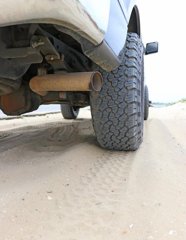 tread pattern grabber at x