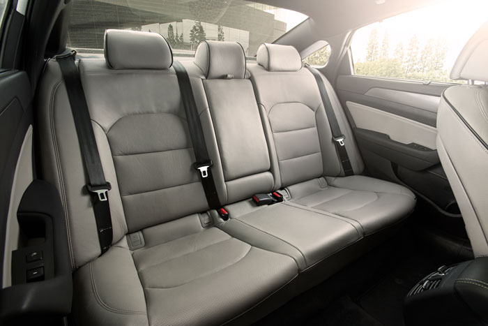 hyundai-sonata-rear-seats