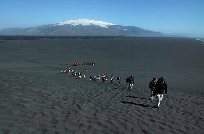 hiking volcanic sand in iceland
