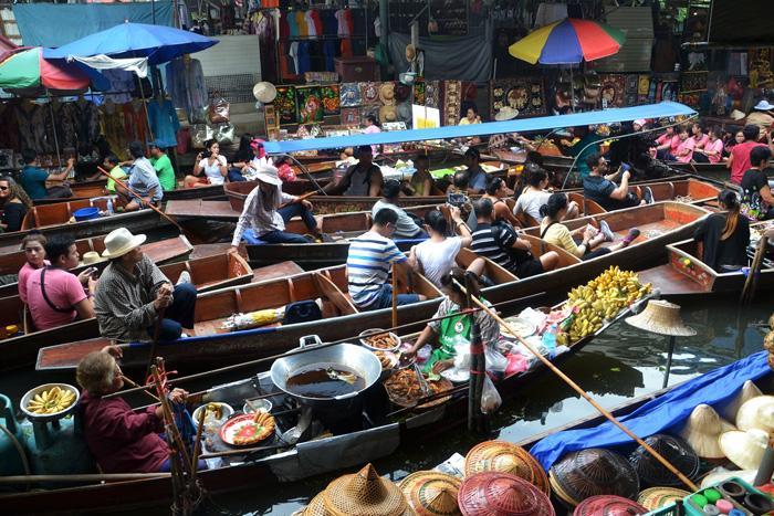 bangcock floating market