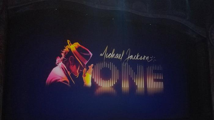 michael jackson one cirque du soleil show at mandalay bay