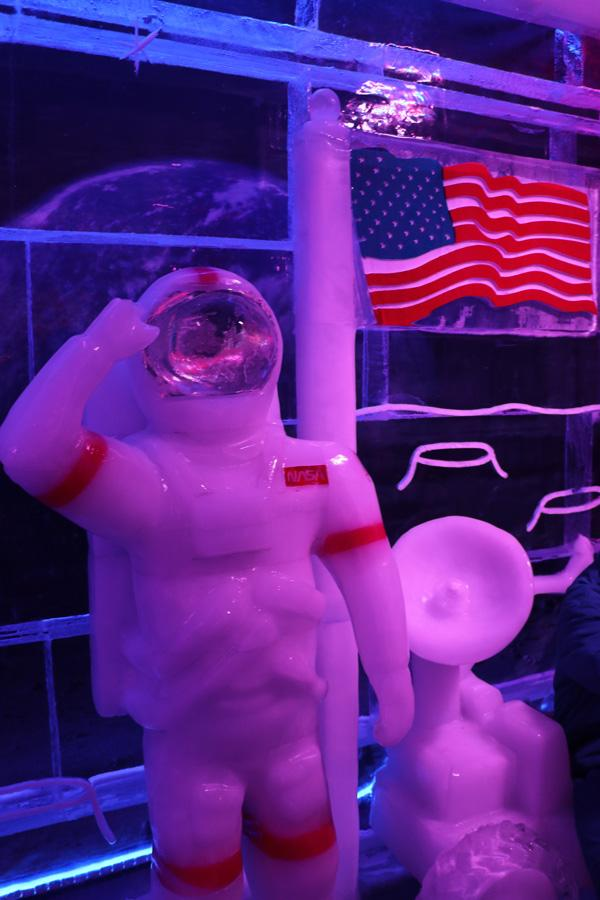 astronaut minus 5 ice bar