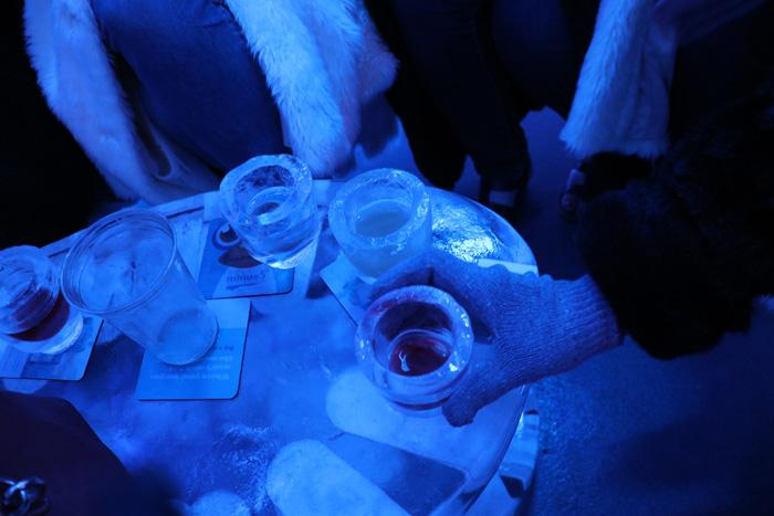 ice glasses minus 5 ice bar