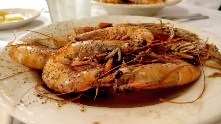 Pascals Manale is a Great Stop on Your New Orleans Food Tour