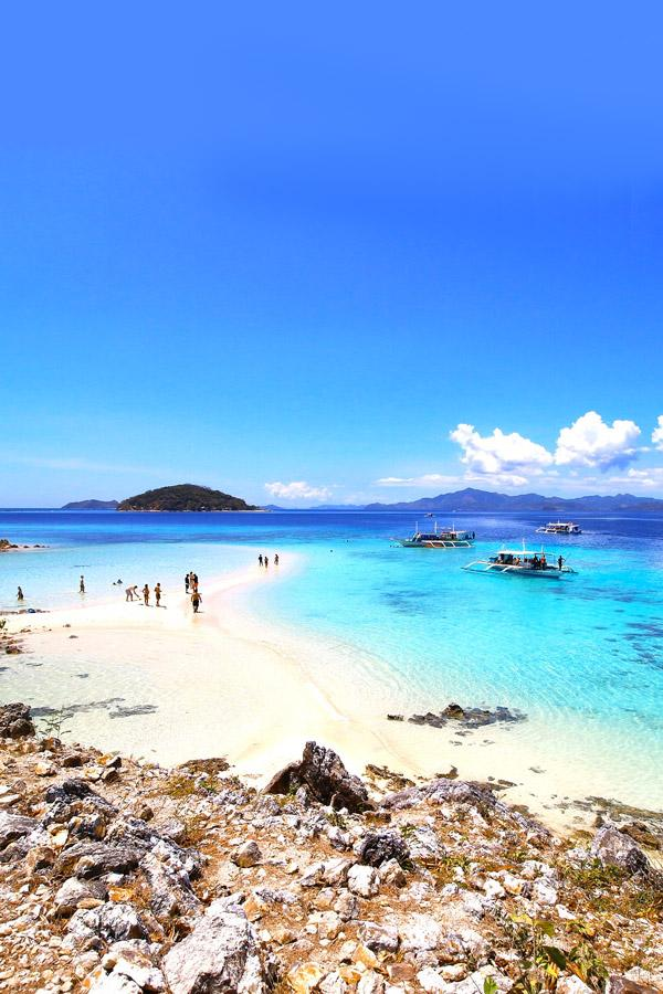 malcapuya island philippines has beautiful beaches