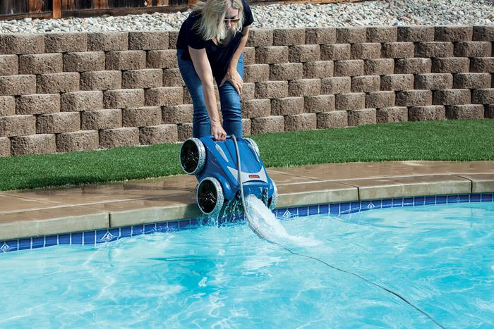 9650 robotic pool cleaner from zodiac iqualink enabled