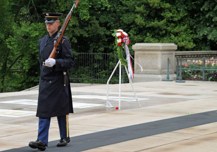 arlington national cemetery guard
