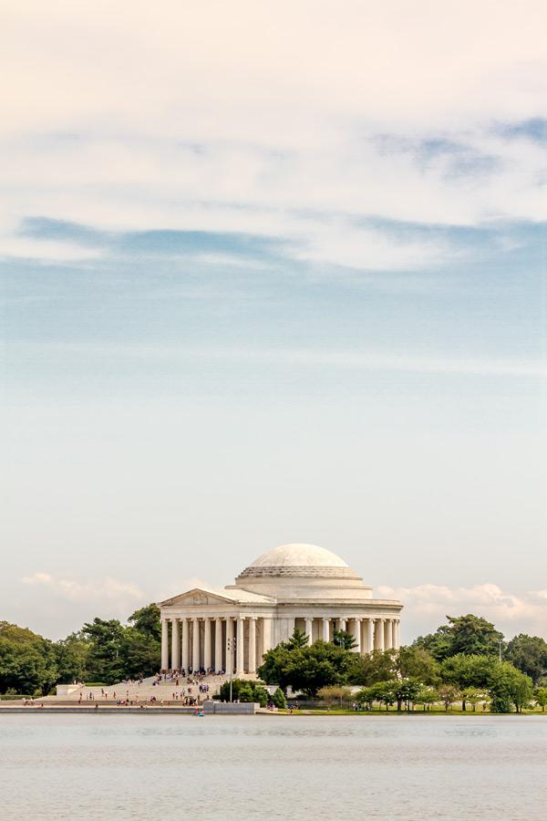 visiting the thomas jefferson memorial is a must do activity for trip to washington dc image courtesy of washington.org