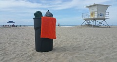 Roughneck Trash Can at the Beach